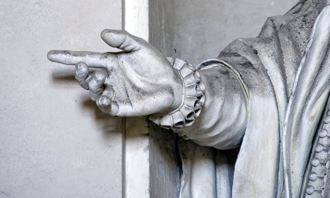 statue_ettore-vernazza_02 - Albergo dei Poveri Genova