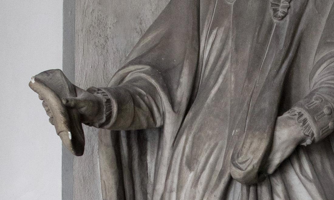 statue_franciscus-marci-aurelii-rebuffi_04 - Albergo dei Poveri Genova