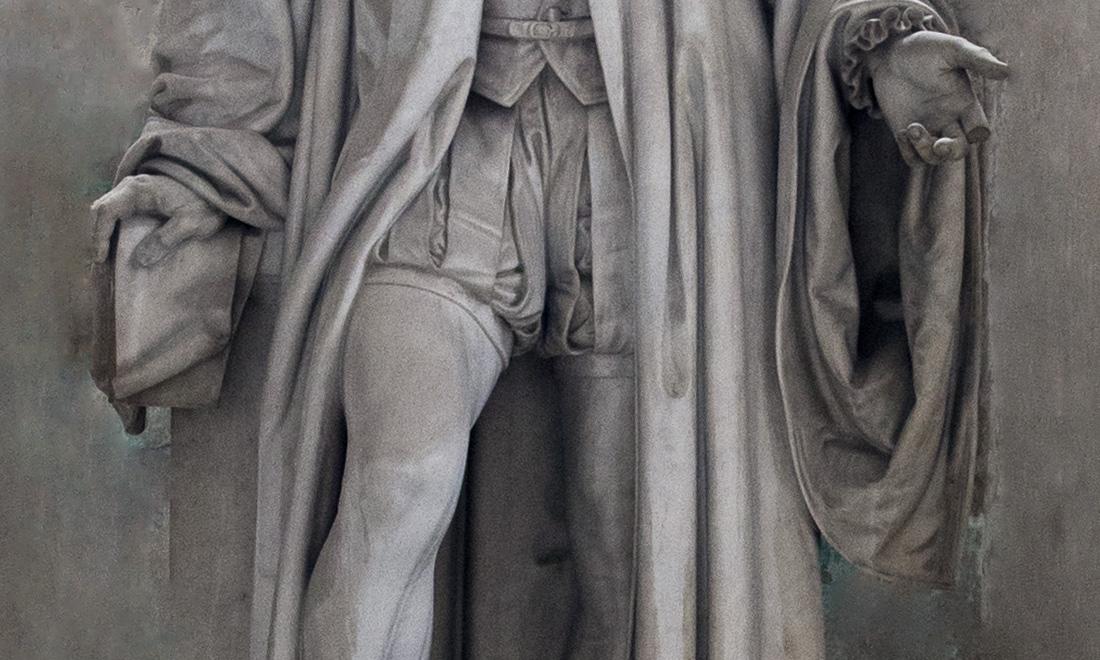 statue_petro-gentili-oberti-filio_02 - Albergo dei Poveri Genova